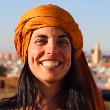 Eva Monro - Tu coordi yogi - Maldivas | viajar haciendo yoga - Apasho