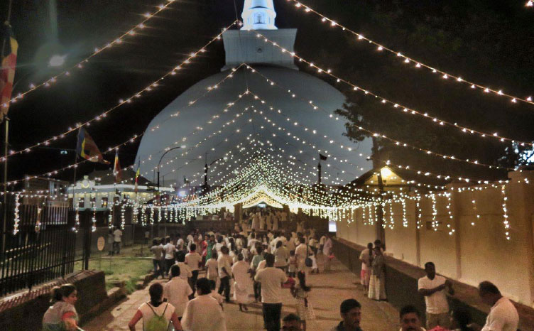 Anuradhapura, Polonnaruwa y Kandy - Sri Lanka | viajar haciendo yoga - Apasho