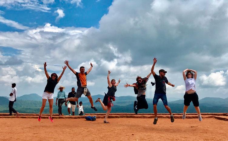 la pequeña y tranquila Ella - Sri Lanka | viajar haciendo yoga - Apasho