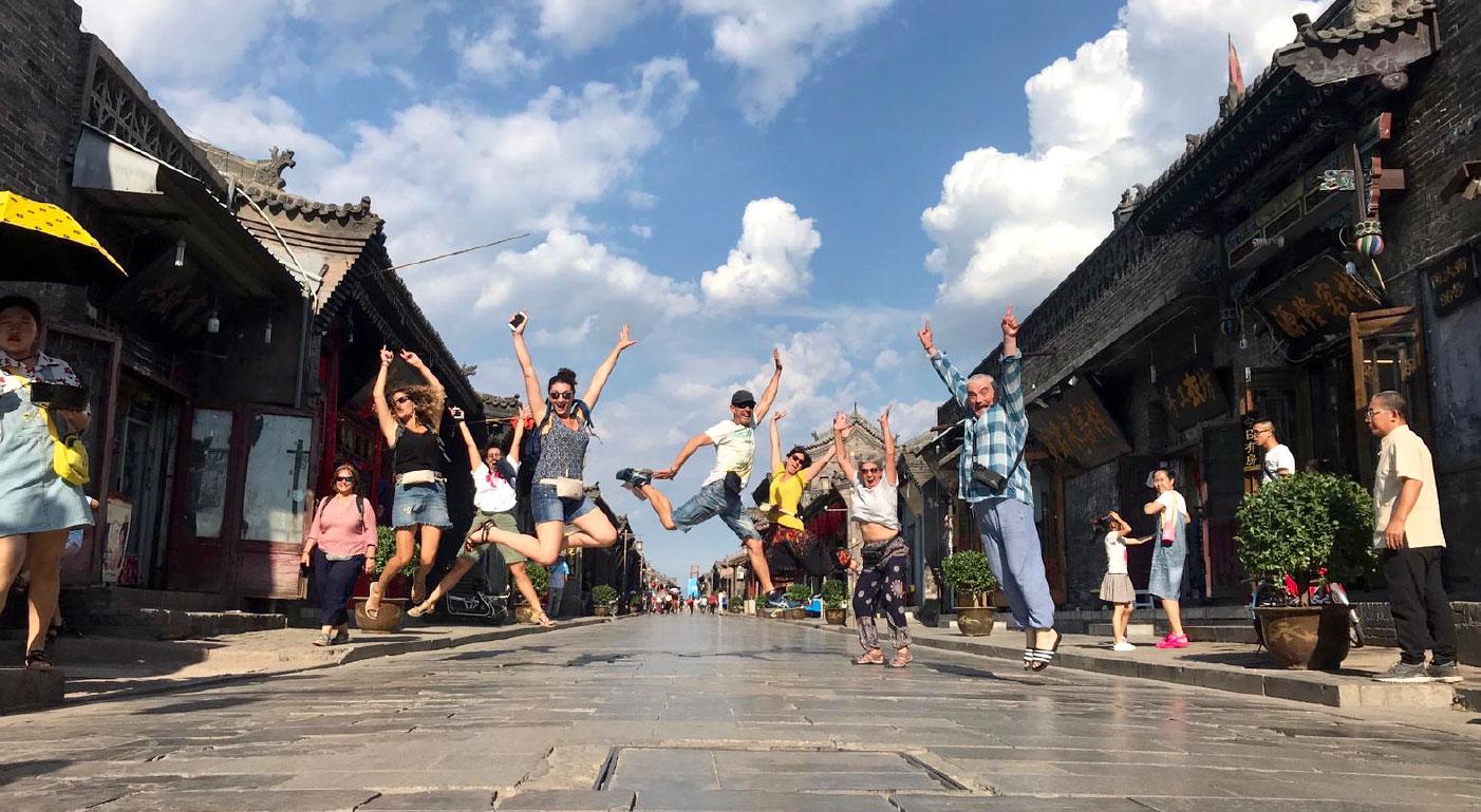 Viaje yoga China Tibet Nepal - Foto de grupo | apasho yoga