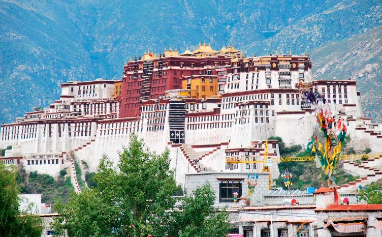 Ciudad prohíbida, Lhasa - Tíbet | viajar haciendo yoga - Apasho