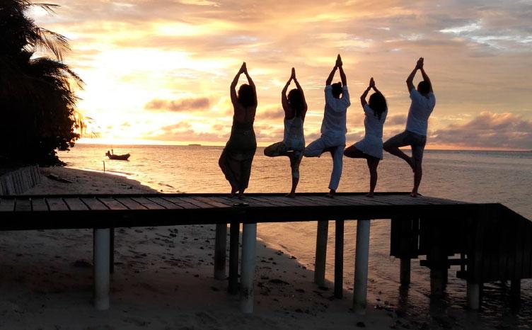 el Atolón Sur: Maafushi - Maldivas | viajar haciendo yoga - Apasho