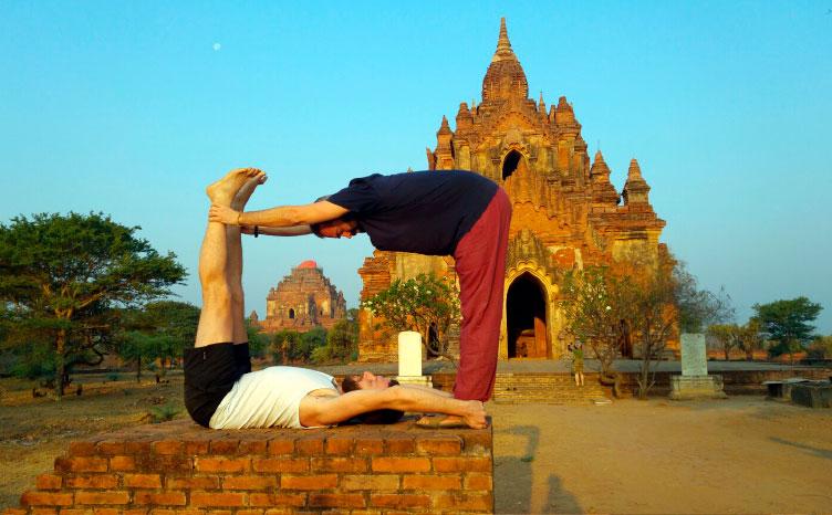 Templos de Bagán - Myanmar | viajar haciendo yoga - Apasho