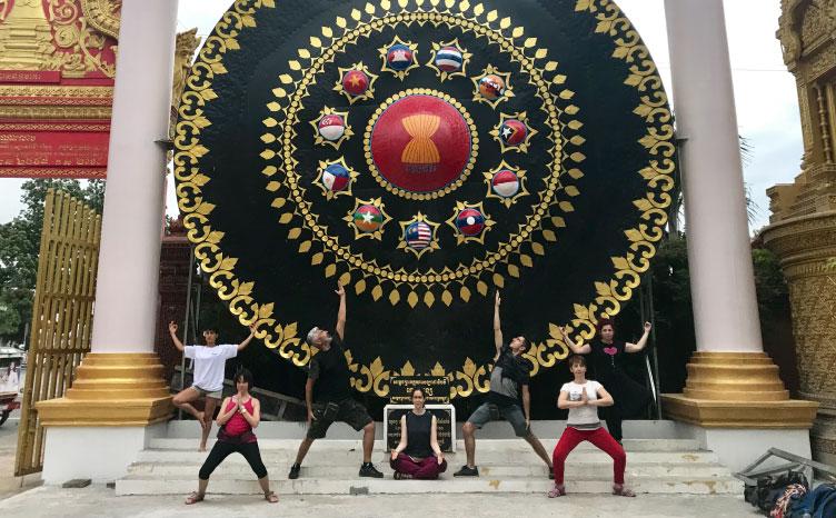 Ho Chi Minh - Vietnam | viajar haciendo yoga - Apasho